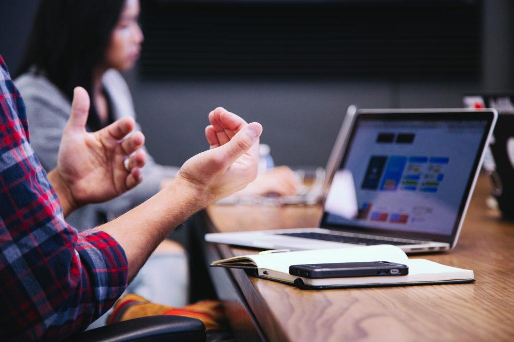 Как удержать ценного сотрудника, грамотно управлять персоналом, как управлять людьми, правильно руководить персоналом